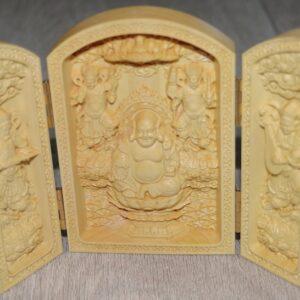 Веселый Будда и Небесные стражники